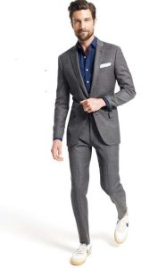 this-is-how-you-can-wear-the-same-suit-in-5-different-ways-500-2-1452854445